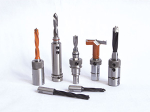 Dowel drills, boring bits for automatic boring machines